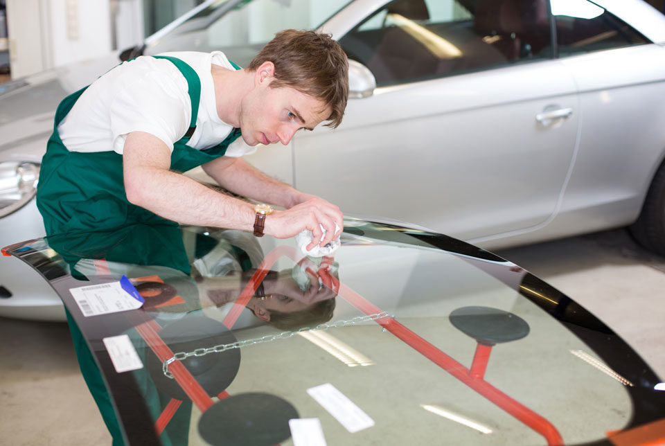 Car Windscreen Repairs Melbourne